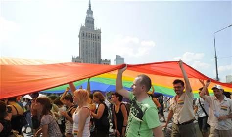 Photo of Egyedülálló szállás nyílhat az LMBTQ közösség részére Varsóban
