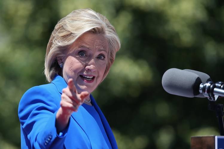 Photo of Az LMBT közösségről is beszélt Hillary Clinton kampánynyitó beszédében