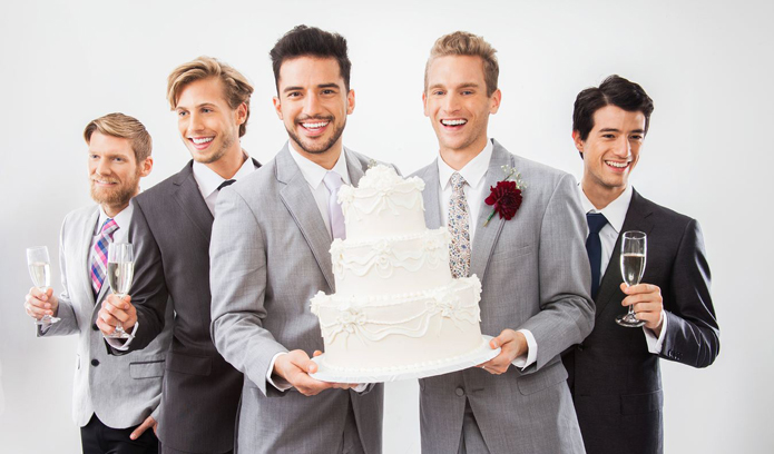 groom-with-cake