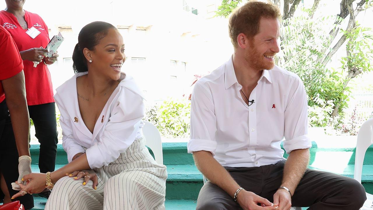 Photo of Rihanna és Harry herceg élőben csináltattak HIV-tesztet
