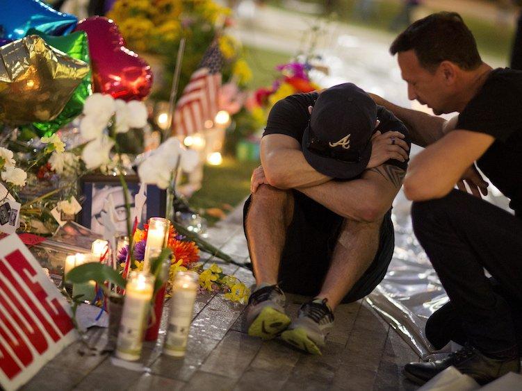 Photo of Az orlandói áldozatokra emlékeztek Amerikában