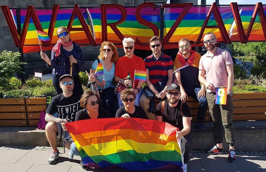 Photo of Több ezer ember a varsói Pride felvonuláson – Kordonok nélkül