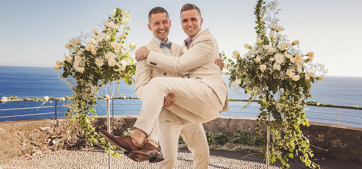 Photo of Összeházasodott a videós lengyel pár