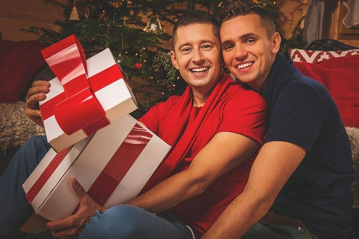 Photo of Videó – Karácsonyi dallal kedveskedik a YouTube-on megismert lengyel pár