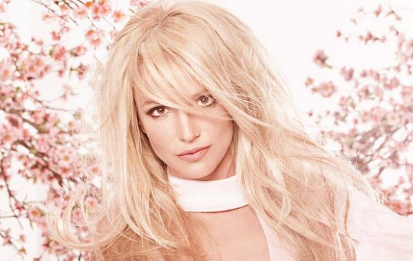 Photo of LMBTQ-szervezet tünteti ki életmű-díjjal Britney Spears-t