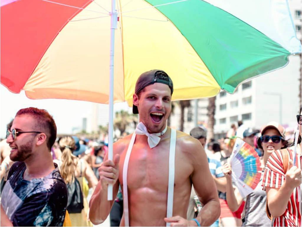 Photo of Tízezrek ünnepelték hétvégén a pride-ot szerte Európában