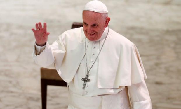 Photo of Ferenc pápa szerint nem kéne melegeknek papnak állniuk