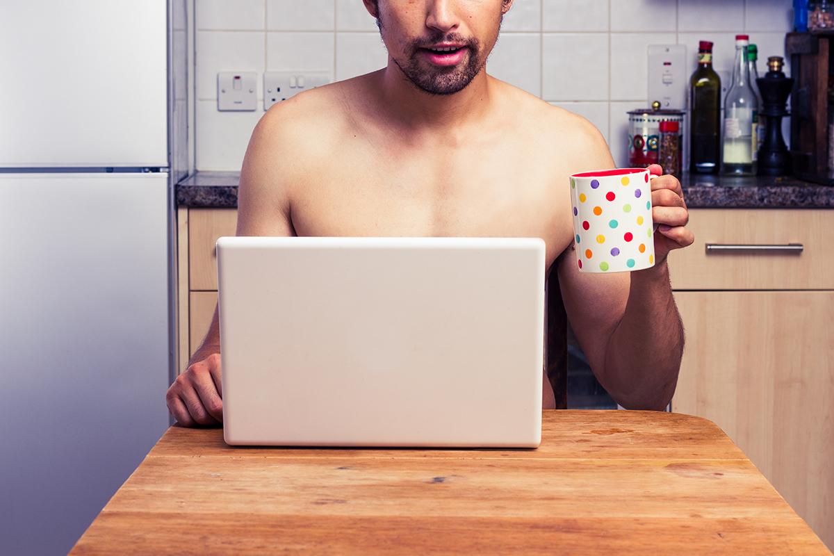 Photo of A Pornhub profitált a Facebook és az Instagram leállásából