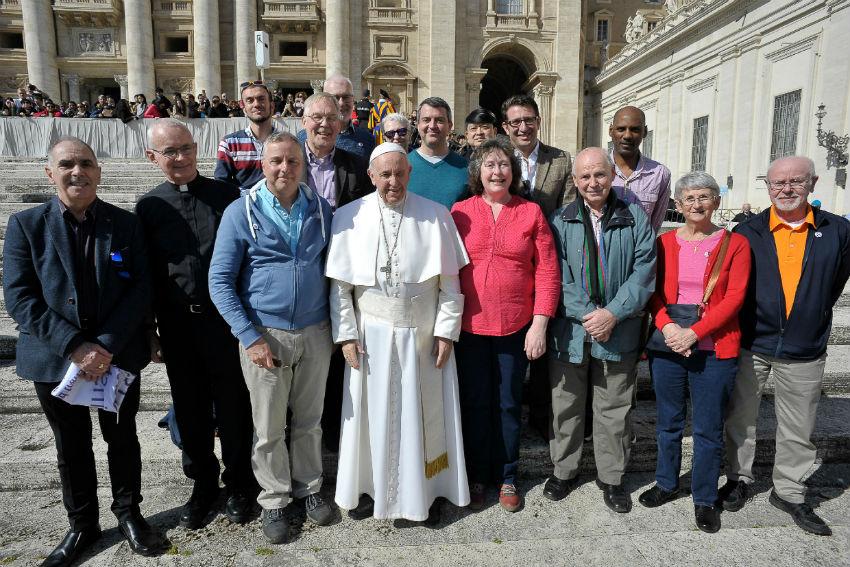 Photo of Ferenc pápa LMBTQ katolikusokkal találkozott a Vatikánban