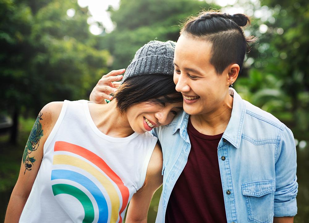 először ázsiai leszbikus szex