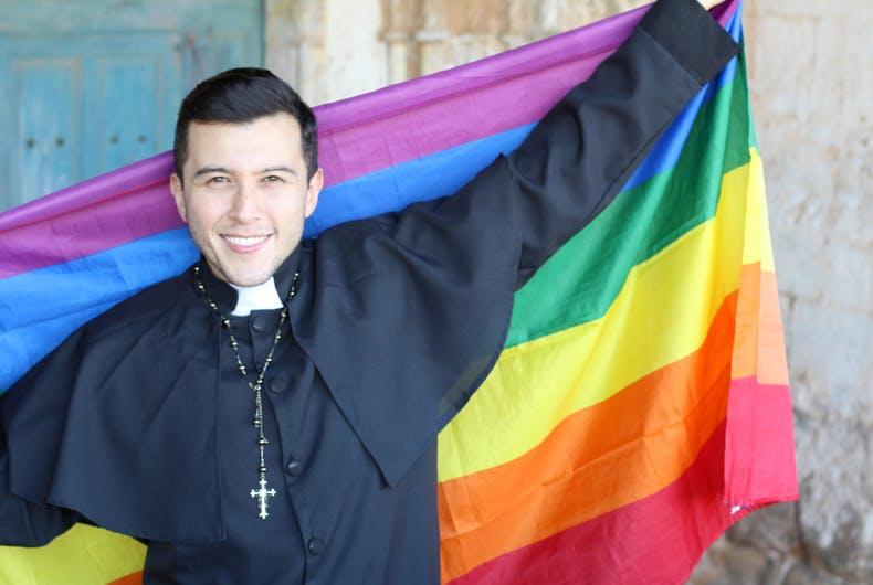 Photo of Konzervatív keresztények követelnék vissza a szivárványt a melegektől