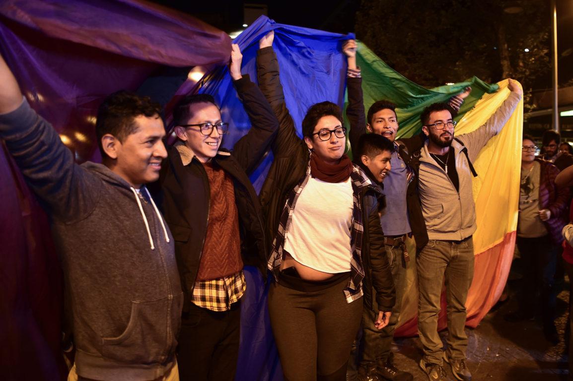 Photo of Ecuadorban is házasodhatnak az azonos nemű párok