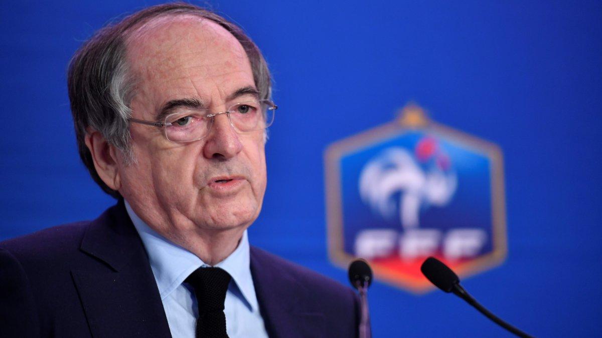 Photo of Homofób skandálás miatt nem állítaná le a meccseket a Francia Labdarúgó Szövetség elnöke
