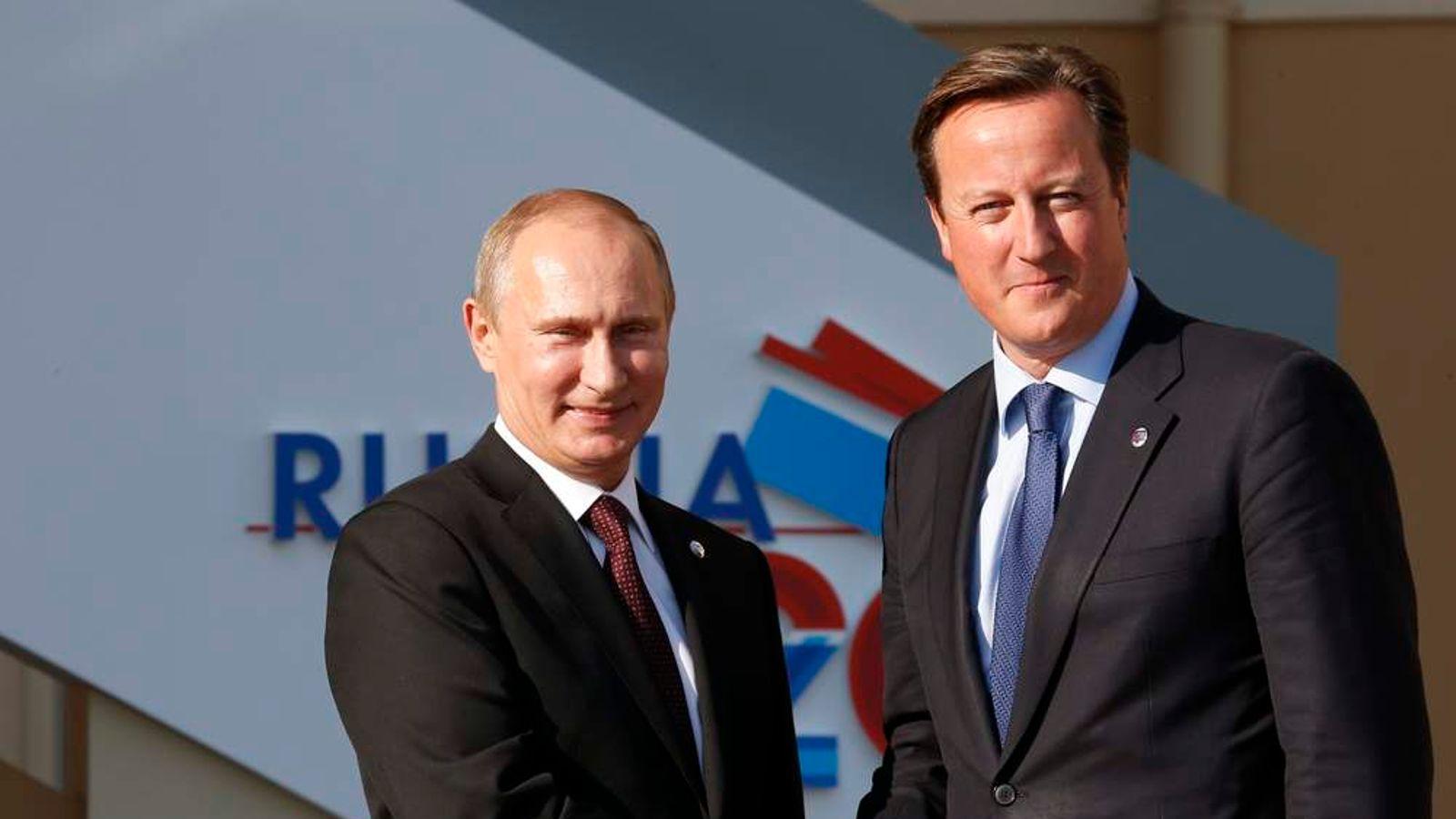 """Photo of A születésszám növelése érdekében tiltotta be Putyin a """"melegpropagandát""""?"""