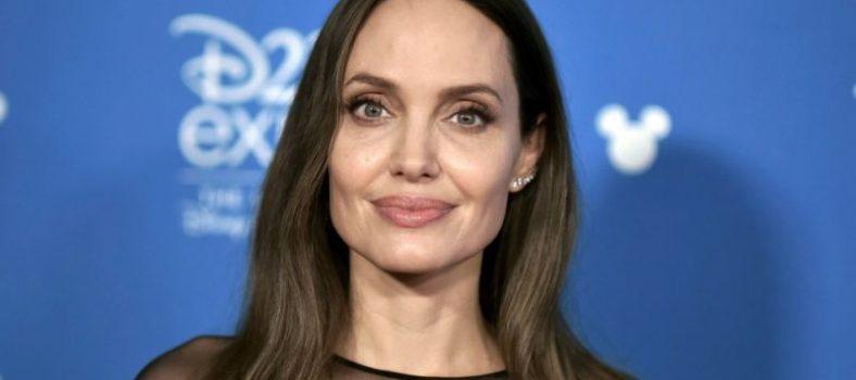 Angelina jolie leszbikus szex