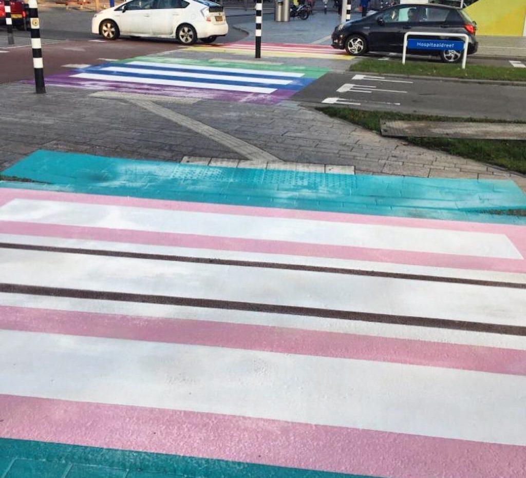 Photo of Felavatták Európa első transz színű gyalogátkelőjét