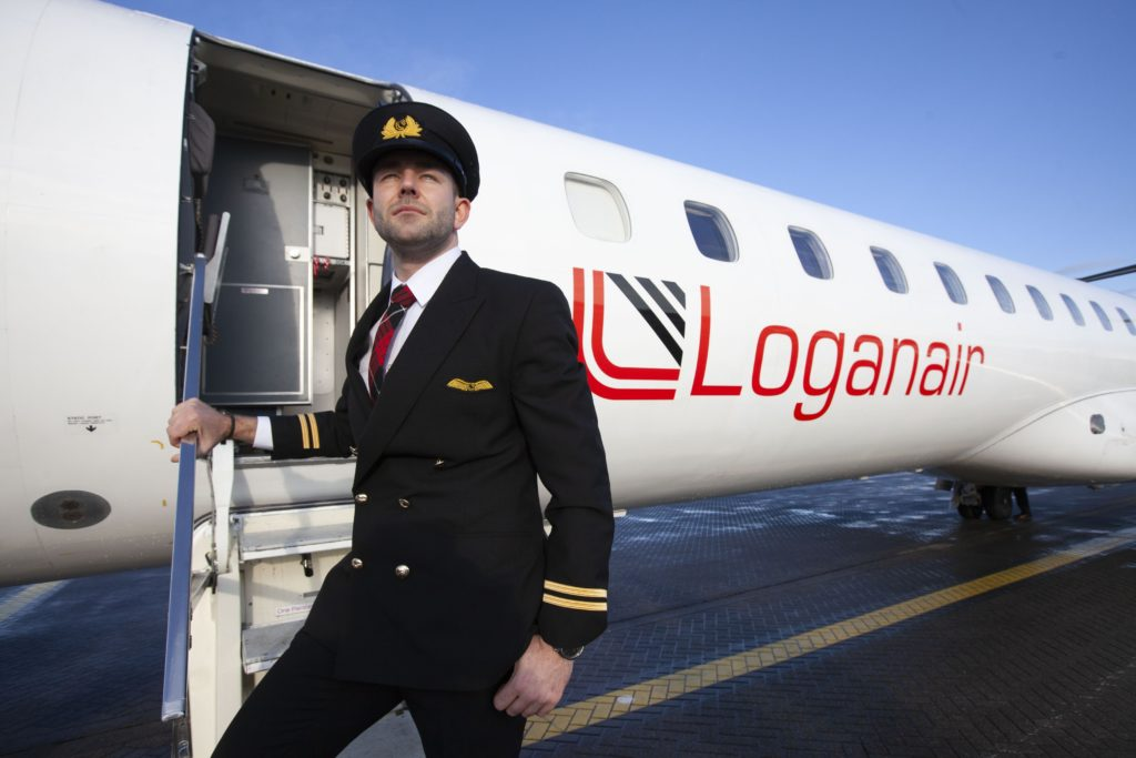 Photo of Most először lett HIV-pozitív férfi pilóta Európában