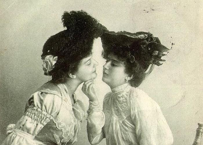Photo of Ritkán látott fotók idézik fel az elmúlt százötven év leszbikus szerelmeit – 1. rész