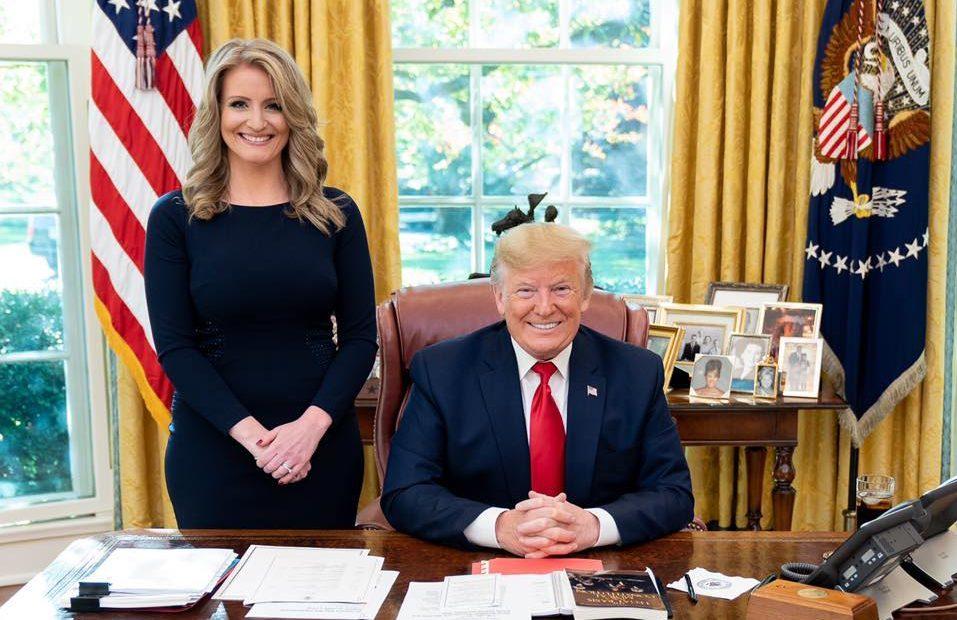Photo of Lelkes támogatója az átnevelő terápiáknak Trump tanácsadója