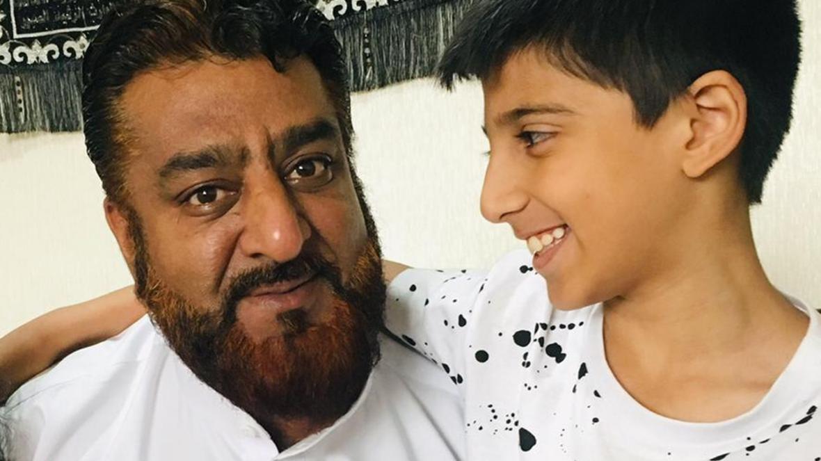 Photo of Egy apuka inkább börtönbe vonulna, csak ne halljon a fia a melegek elfogadásáról