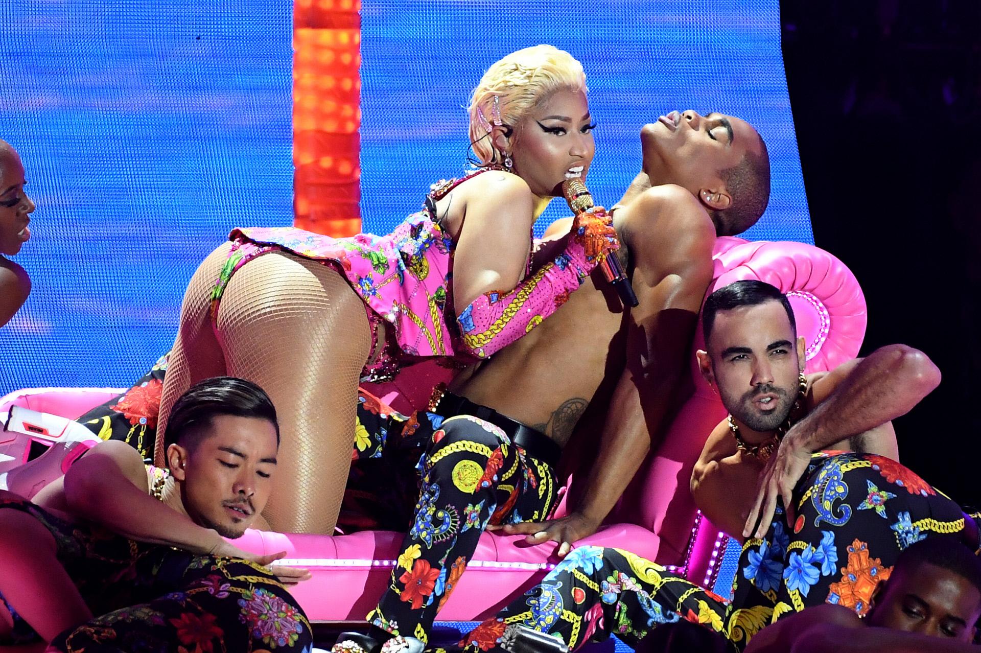 Photo of Úgy összevesztek Nicki Minaj-on, hogy öt év után inkább elvált a meleg pár