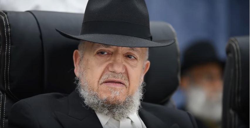 Photo of Egy rabbi szerint a koronavírust a pride felvonulások miatt kaptuk büntetésül