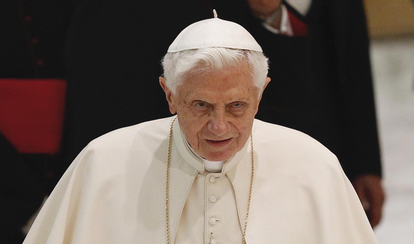 Photo of A volt pápa szerint a melegházasság az Antikrisztus jelenlétét mutatja