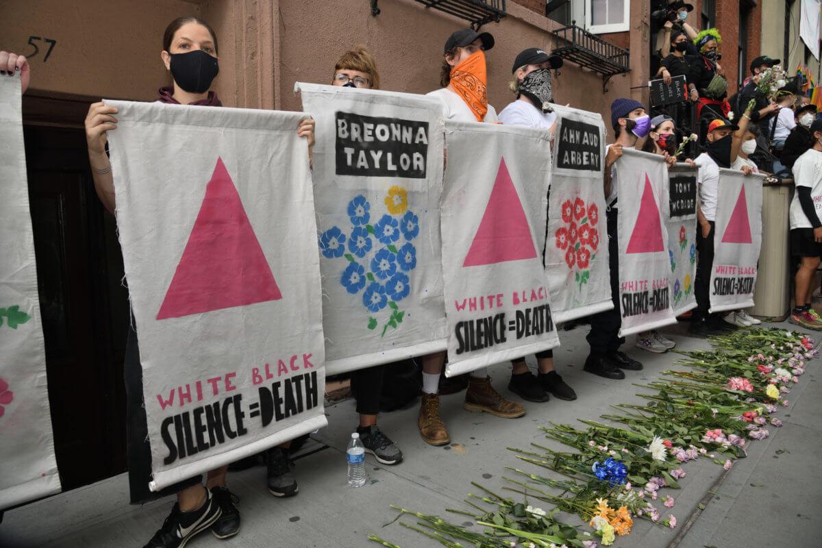 Photo of 51 évvel Stonewall után újra melegeket vernek Amerikában a rendőrök