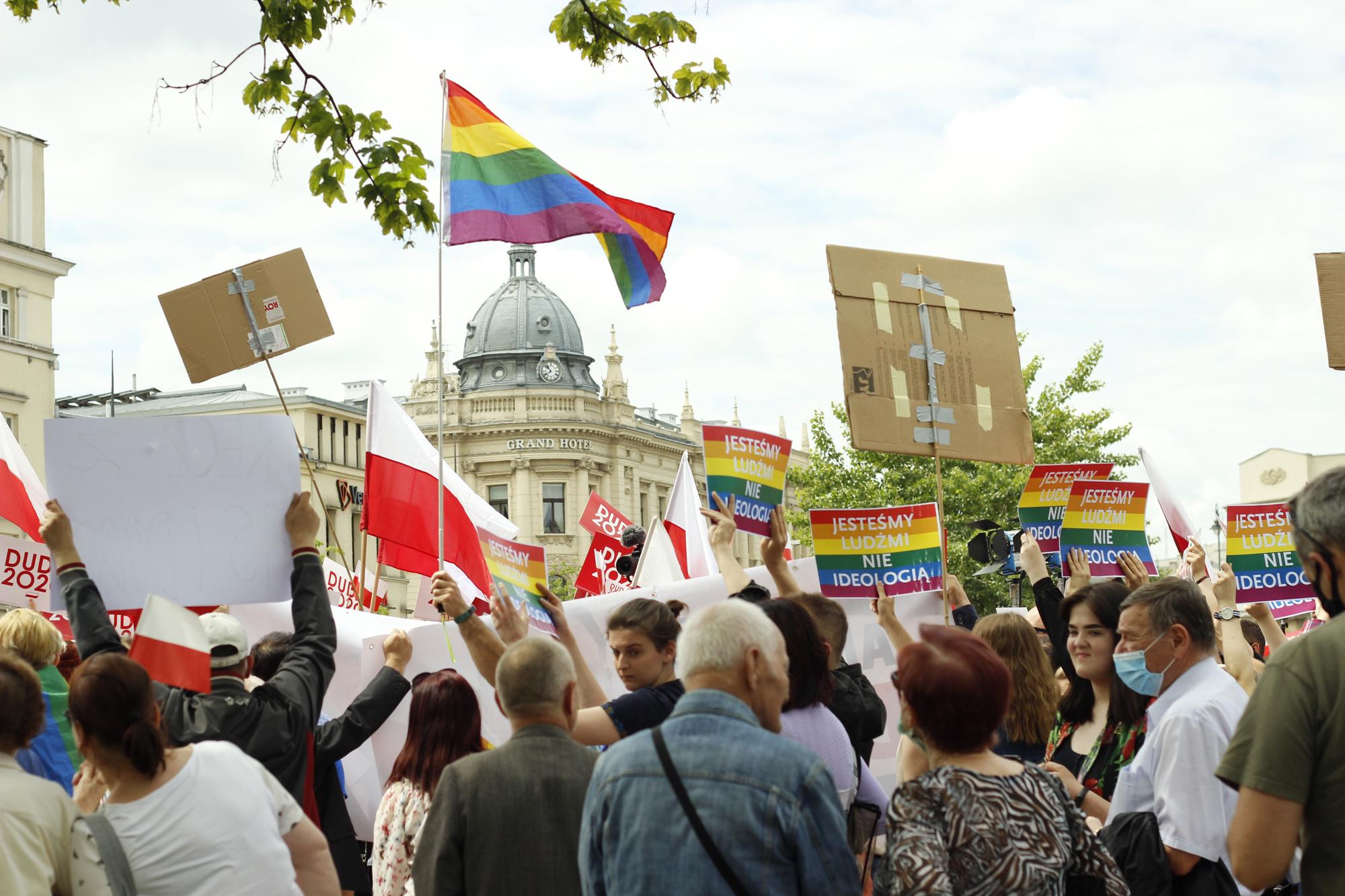 Photo of Nem adta meg az EU a pénzügyi támogatást a lengyel homofóbia miatt