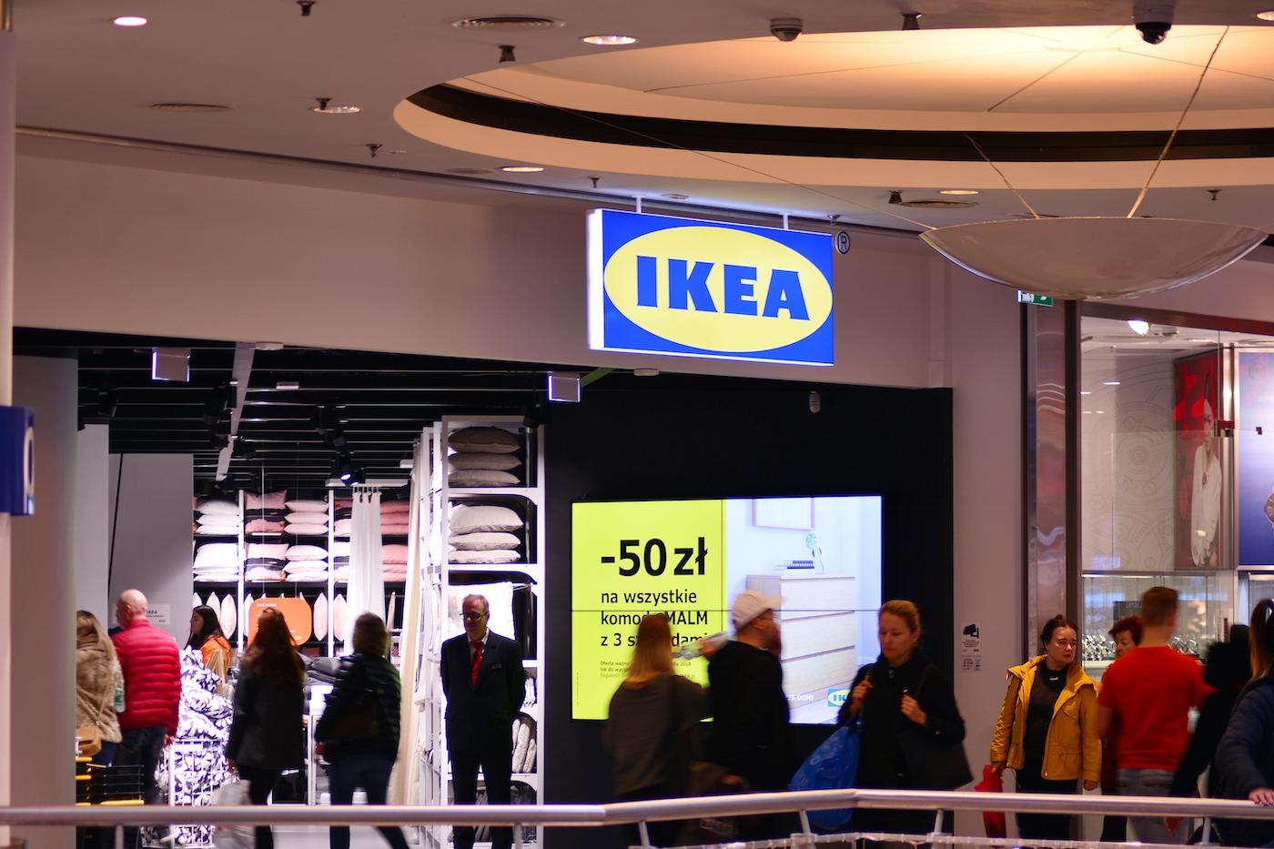Photo of A lengyel állam beperelte az Ikeát, amiért kirúgták a homofób alkalmazottat