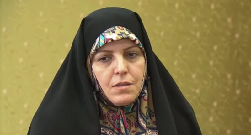 Photo of Tíz év börtönt kaphat a szivárványcsaládokat posztoló iráni nő