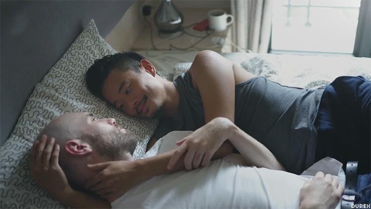 Photo of Meleg pár is felbukkan a Durex legújabb reklámjában