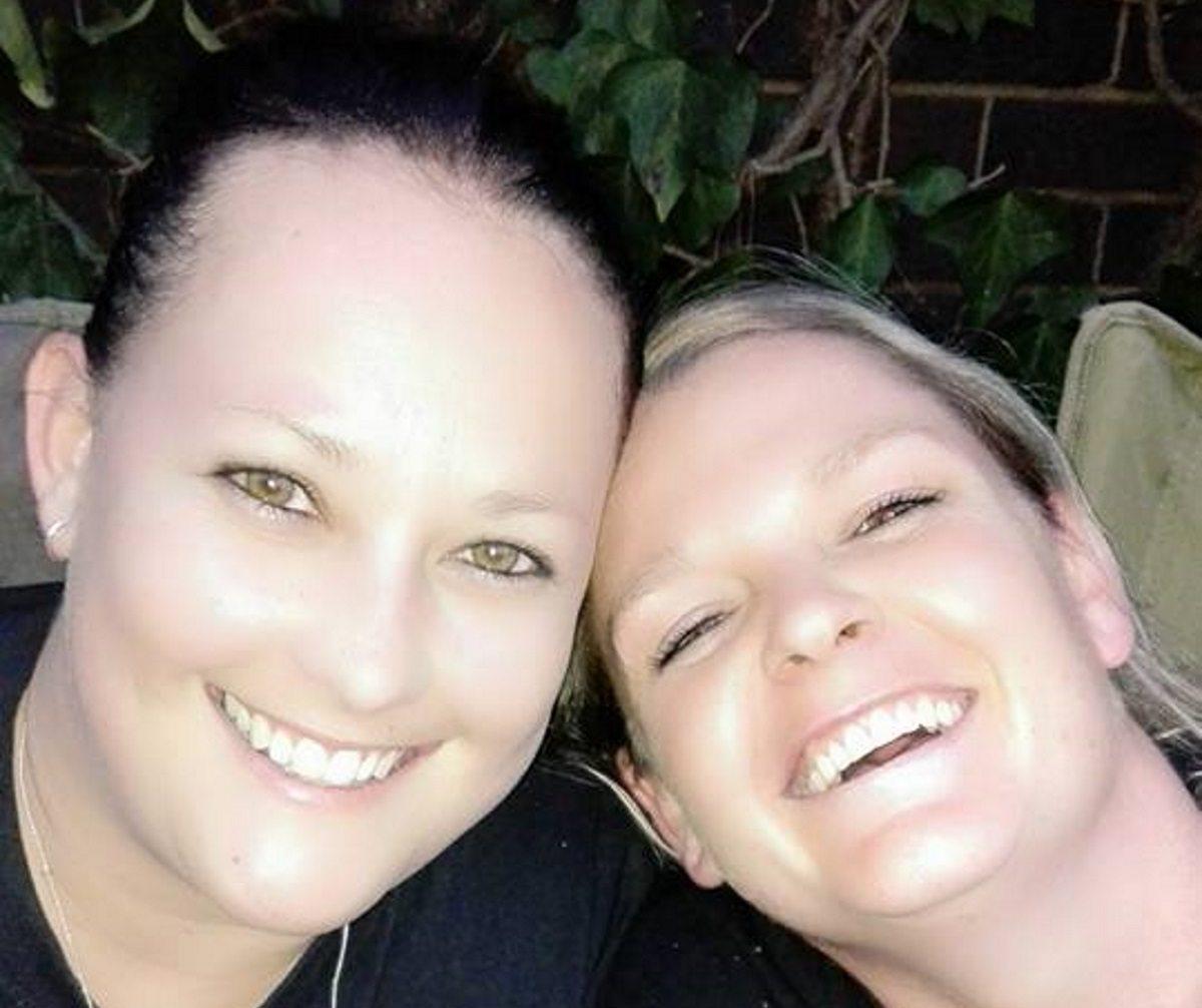 Photo of Megerőszakoltak és felgyújtottak egy leszbikus házaspárt