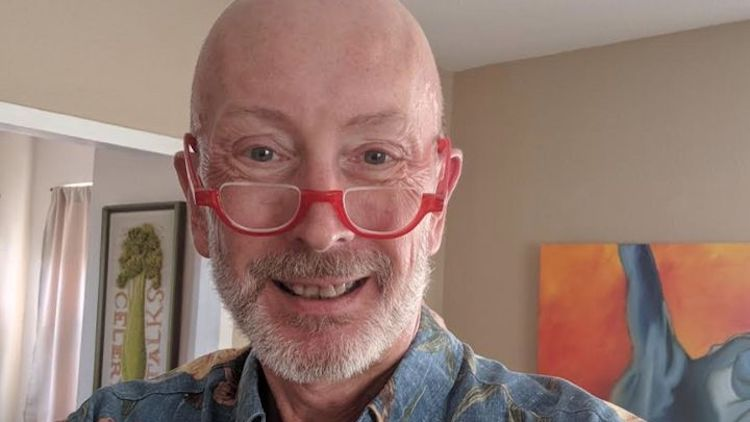 Photo of 57 évesen coming outoló fiát tagadta ki az idős édesapa