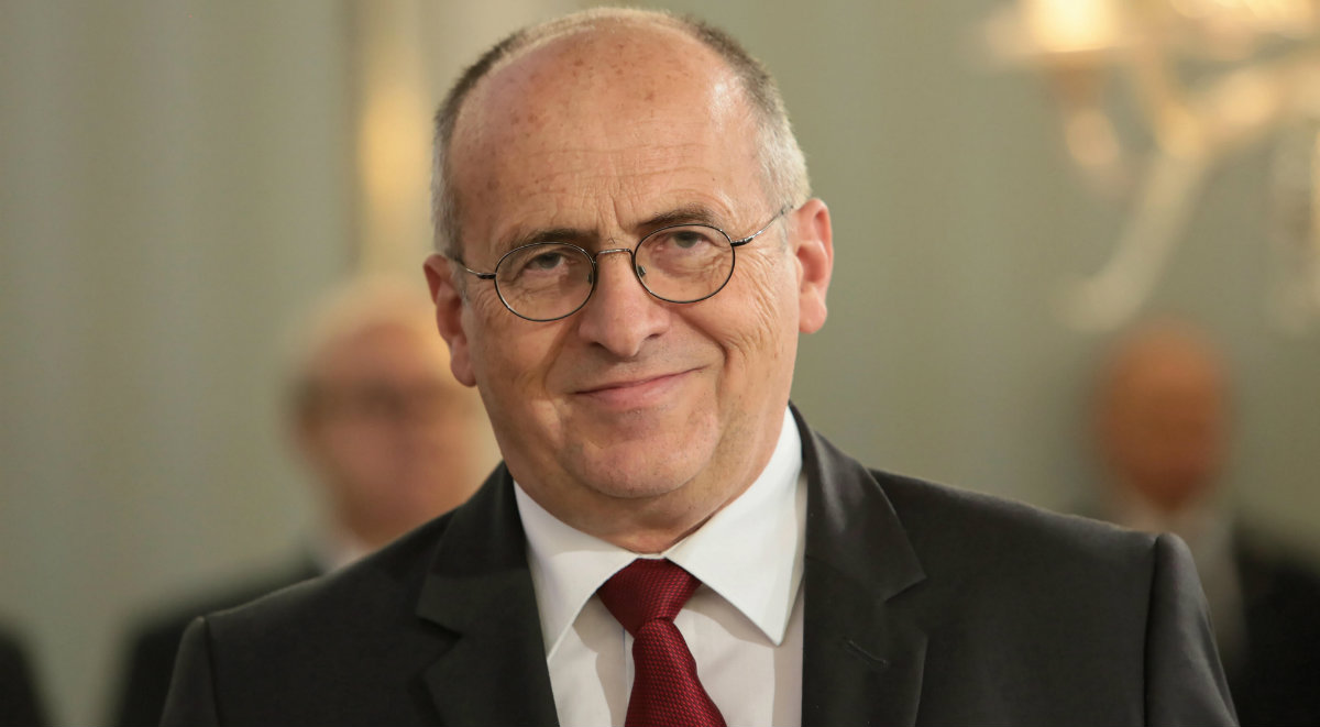 Photo of Az új lengyel külügyminiszter kapcsolatot lát a melegek és a kannibalizmus között