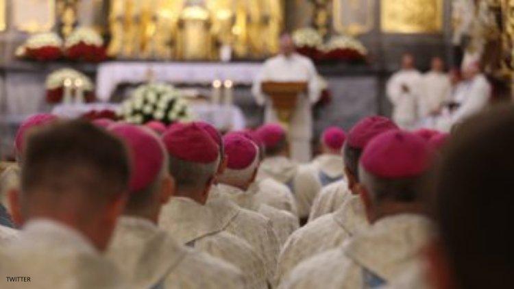 Photo of Átnevelő klinikák felállítását javasolja a lengyel püspöki kar