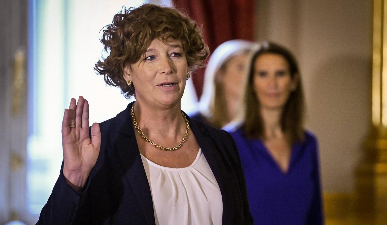 Photo of Hivatalba lépett a világ legmagasabb rangú transz politikusa